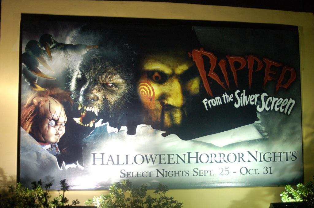 Our Favorite Maze – Halloween Horror Nights 19